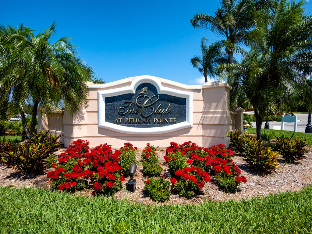 Pelican Pointe Golf & Country Club | Candy Swick's ...